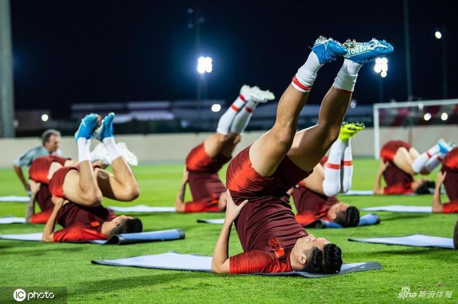 国足急需赢叙利亚为中国足球打气 底线不能输球