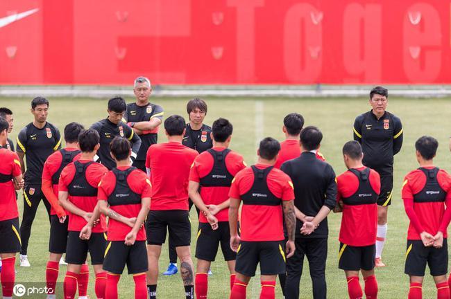 国际足联修改规则:世预赛每队单场可换5人