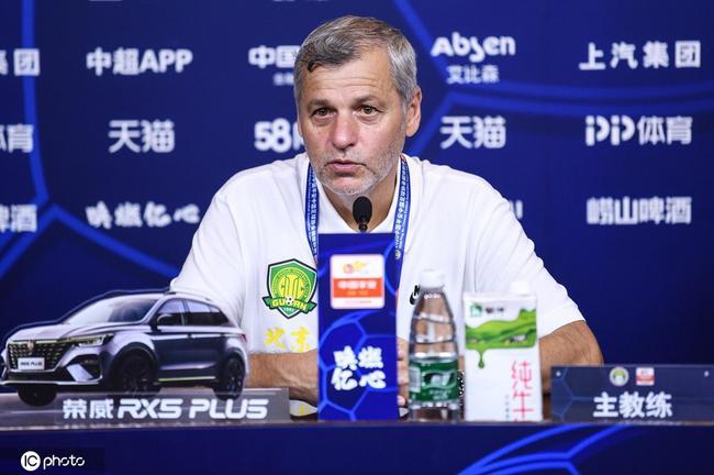 布鲁诺:不会因红牌指责杨帆 阿兰踢出了很好的比赛