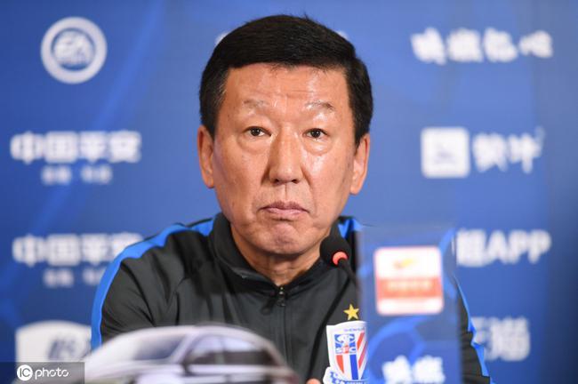 崔康熙:莫雷诺需要长时间恢复 球队整体受伤病困扰