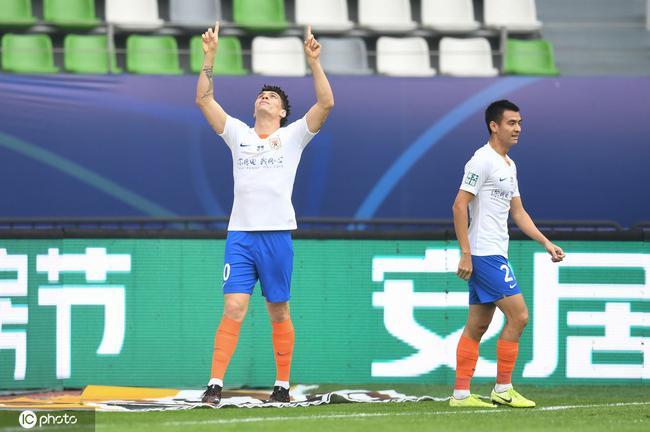 中超联赛第19轮开战,重庆当代对阵山东鲁能