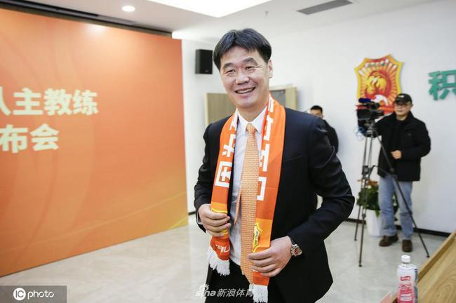 李霄鹏:执教卓尔是种缘分 希望年轻教练能去五大联赛
