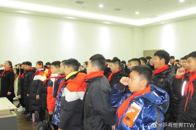 中国乒乓球青少年队正式集训 7-14岁年龄段不能输给日本