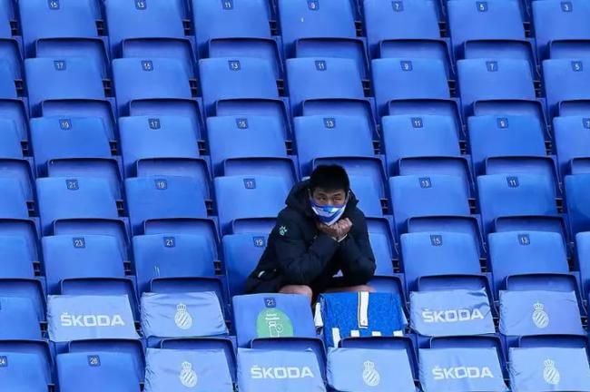 武磊在西班牙人枯坐3个月板凳 不利于国足出线