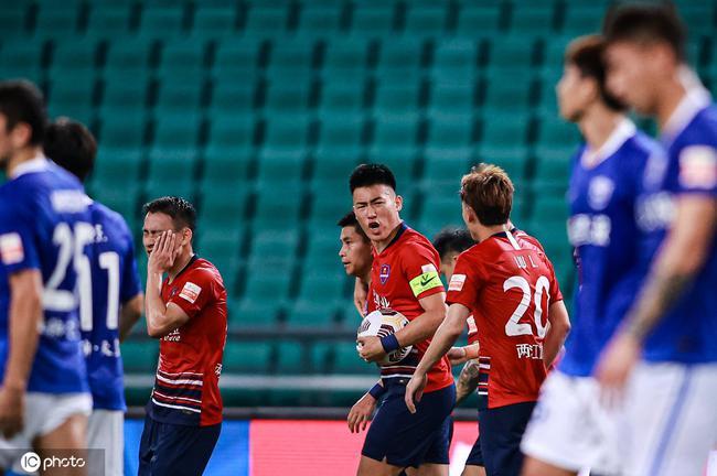 沧州复刻进球重庆全华班逆袭 本赛季最好看的半场