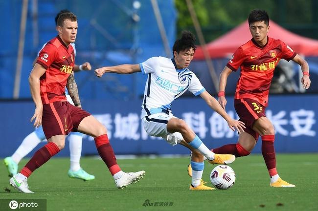 王耀鹏:大连人本应该赢球 球员要先有取胜的决心