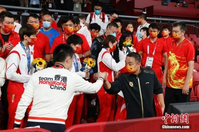 刘国梁:国乒扛住了压力 捍卫住了王者队魂和血统