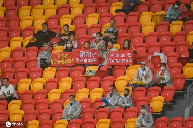 中国女足涉险闯入全运会半决赛 9月23力拼决赛