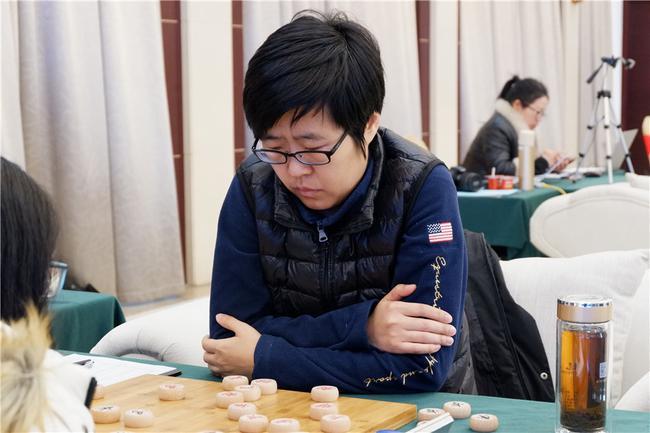 王琳娜添冕象棋女子名人
