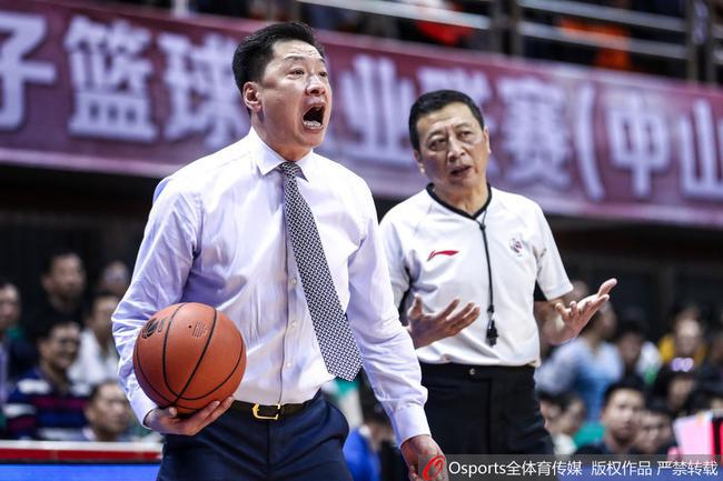 李春江在比赛中