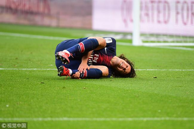 法媒曝卡瓦尼受伤休战一个月 无缘欧冠两战曼联