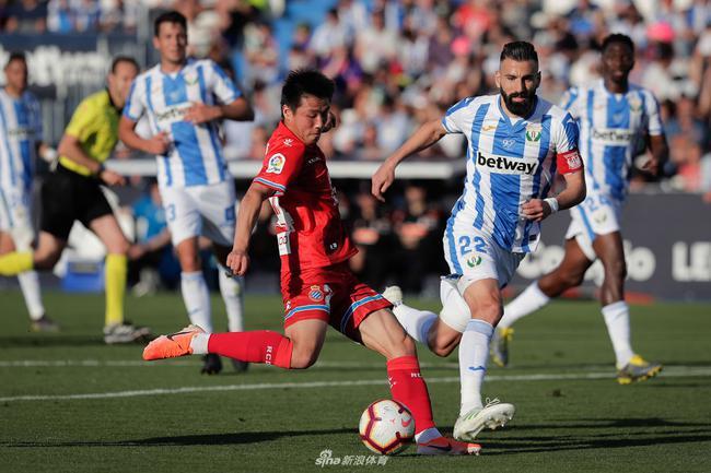 西班牙人曾3年关注200场武磊比赛 薪资下降代言补
