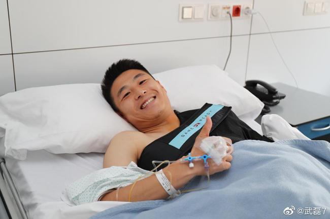 武磊生扛半年的伤终于手术成功 表态努力康复回归