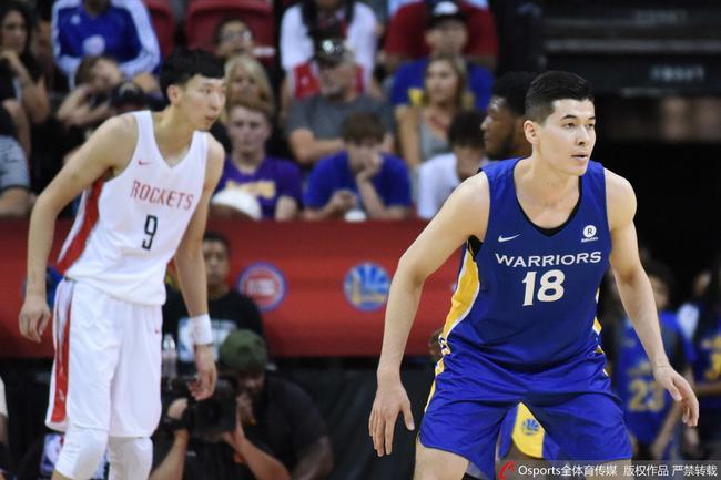 """两位中国队员曾在NBA夏季联赛上演""""中国德比"""""""