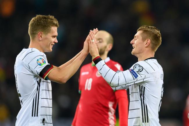 欧预赛-克罗斯2射1传 诺伊尔扑点 德国4-0胜出线