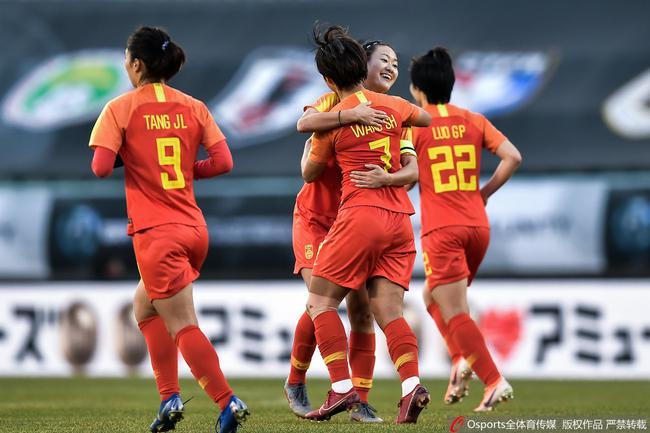 中国女足1-0小胜