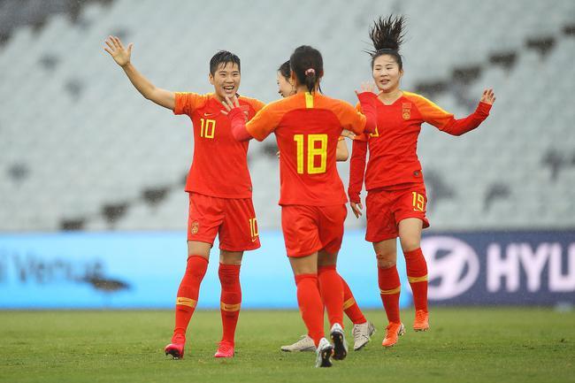 中国女足加油