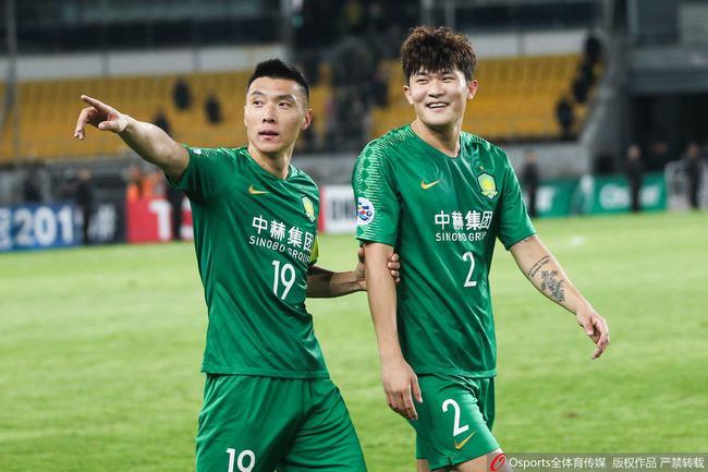 韩国球迷吐槽金玟哉:多亏了中国你才能挣这么多钱