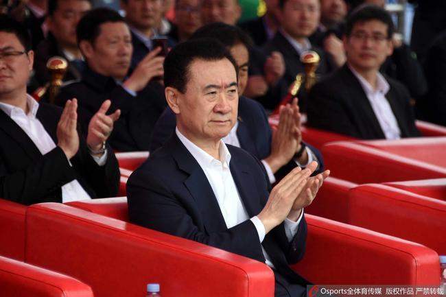 中国足球的退出史:有人作诗怒骂 王健林闯发布会