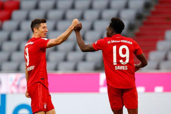 德甲-莱万2球 两飞翼破门 穆勒助攻 拜仁5-0大胜