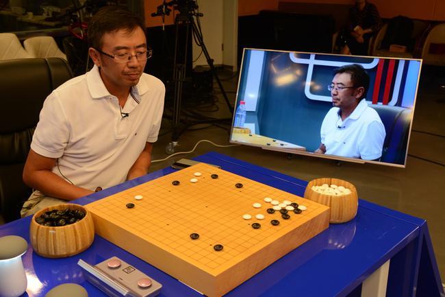 杨乐涛在围棋比赛中