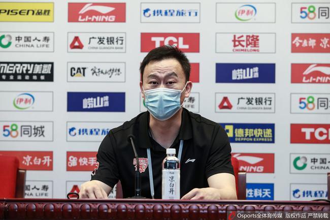 刘维伟:年轻球员比较飘 不珍惜这个机会