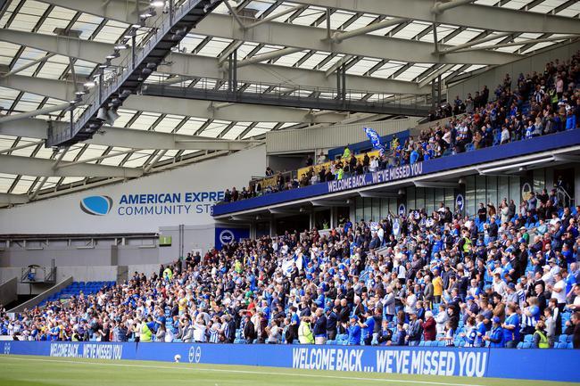 总计2524名球迷现场观战