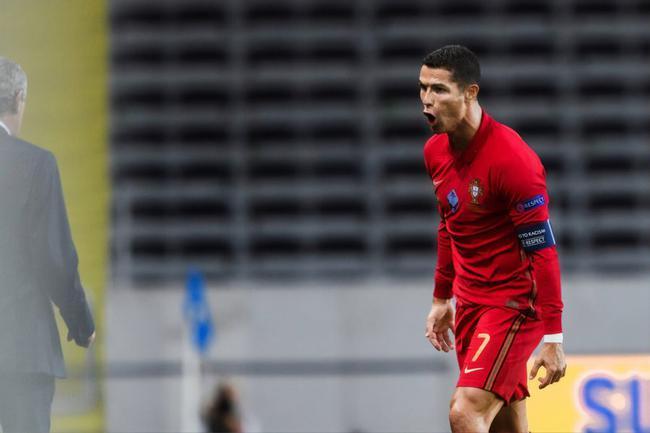 欧国联-C罗两世界波破百球 B费中楣 葡萄牙2-0胜