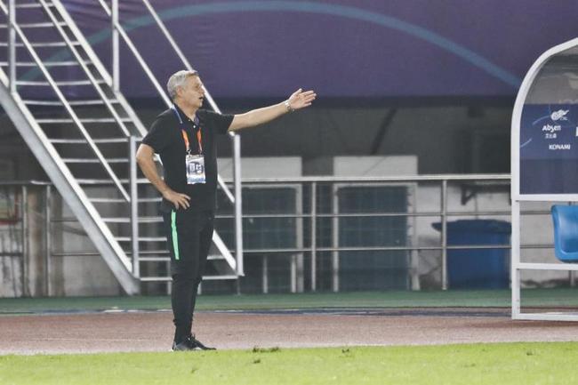 热内西奥:我们掌控了比赛 增强了我们晋级的信心