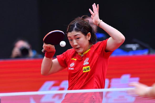 世界杯陳夢4-3勝韓瑩進決賽 將與孫穎莎爭冠軍