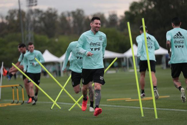 梅西在国家队幸福的十大原因 他比在巴萨更开心