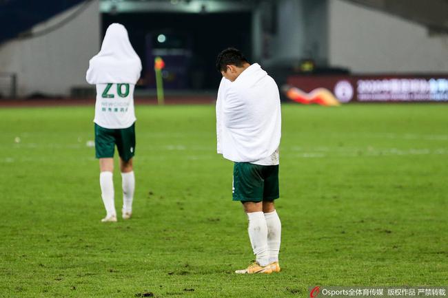 新疆雪豹赛季回顾:两阶段6平9负 附加赢球难逃降级
