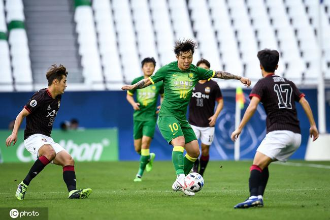 董路李欣:中韩本土球员有明显差距 韩国踢得更整体