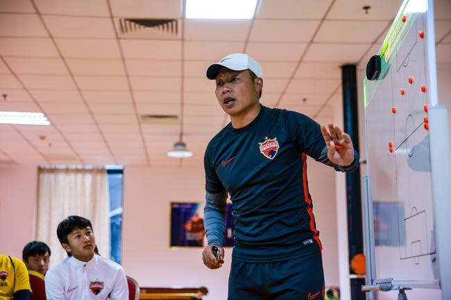 陈涛:相信能培养出优秀球员 相信他们未来能超越我
