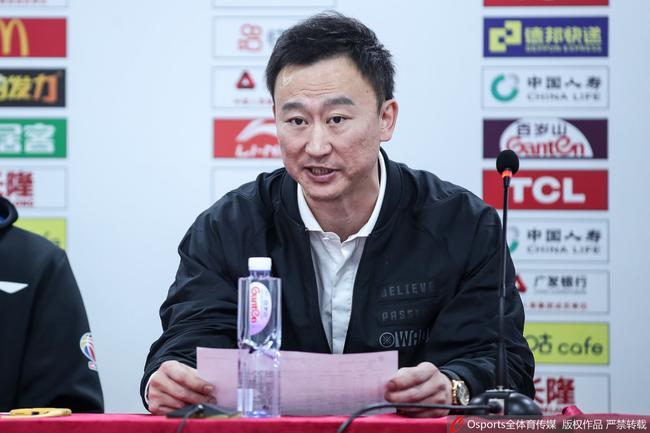 刘维伟回应连吃5T:我让队员要对中国篮球担任
