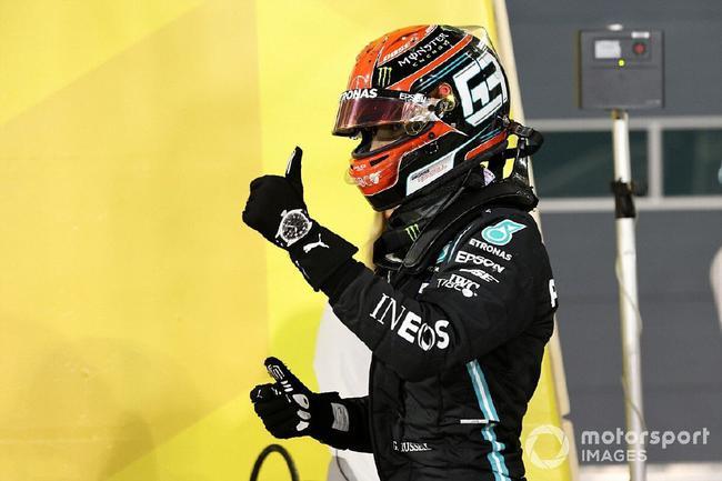 在顶替汉密尔顿参与的首场F1大奖赛中,拉塞尔用实力证明了太多的东西