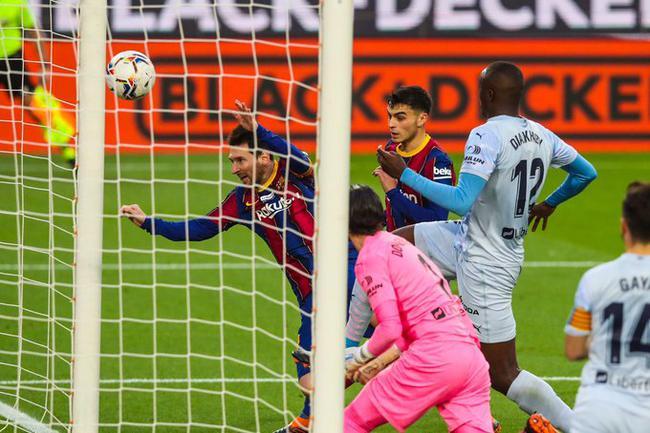 巴塞罗那主场2比2战平瓦伦西亚,迪亚卡比进球