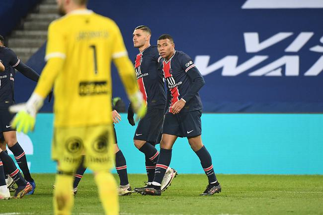 法甲-伊卡尔迪复出传射 姆巴佩助攻 巴黎主场3-0