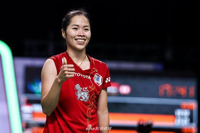 泰国选手占据女单八强中三个席位 周天成轻松晋级