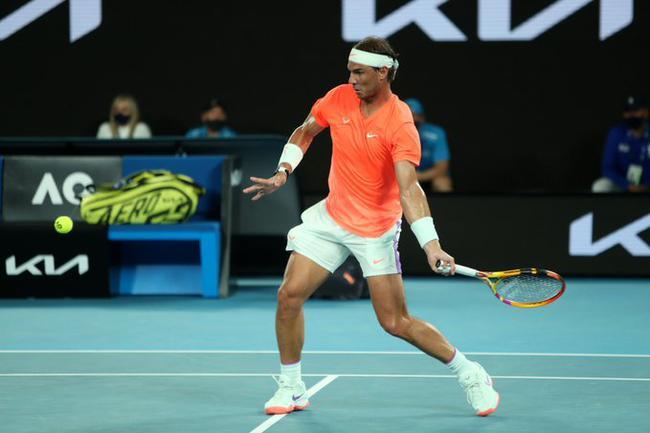 澳网纳达尔三盘横扫资格赛选手 强势晋级男单32强