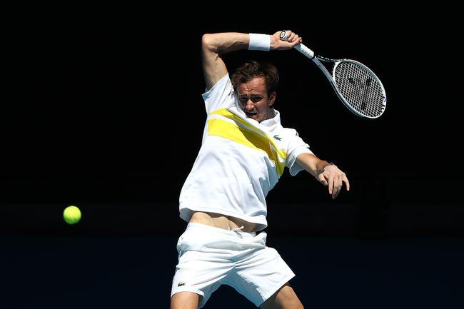 澳网梅德韦德夫3-0横扫黑马 生涯首进澳网八强