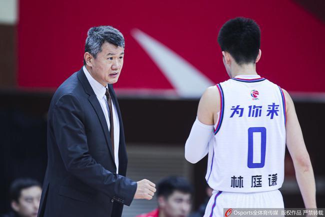 天津主帅:我们在一点点成长 提升对篮球的热爱