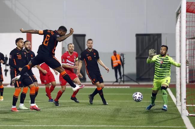 荷兰7球狂胜鱼腩并不足喜 一场败局恐已埋下大隐患