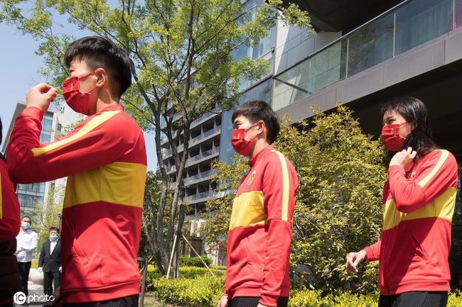 足协派防疫官随女足出征韩国 为球队安排裁判课程