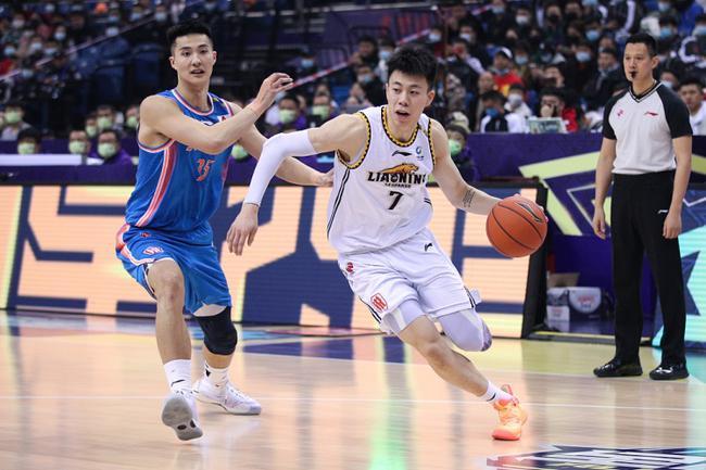 本季最佳星锐球员候选名单:张镇麟朱松玮领衔