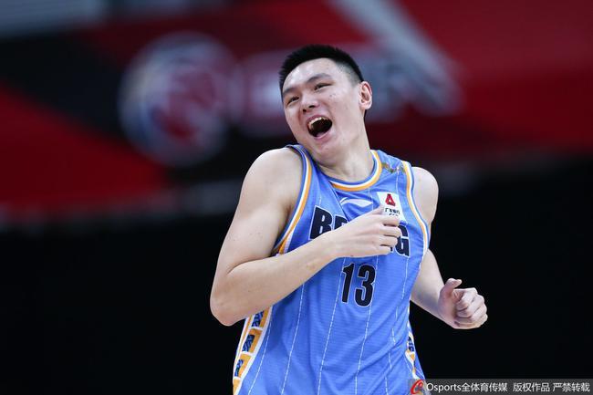 范子铭20+12朱彦西18分 北京淘汰深圳晋级八强