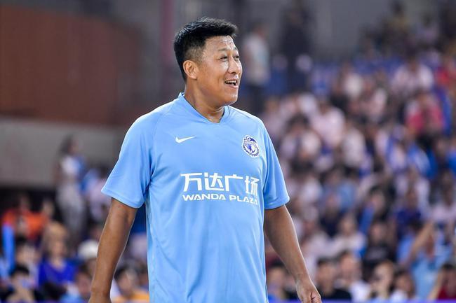 大连人队官方悼念张恩华:大连足球的精神领袖