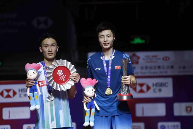 新加坡羽毛球公开赛签位:石宇奇首战桃田 陈雨菲德比!