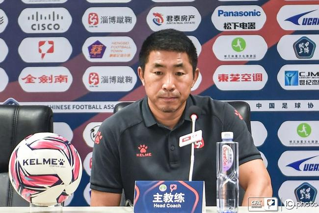 黄宏毅:与对手差距太大 全华班踢成这样能接受