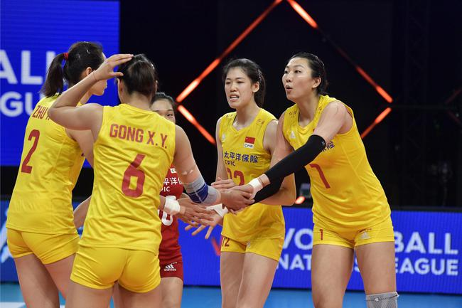 中荷第二局中国女排25-18再胜 大比分2-0领先